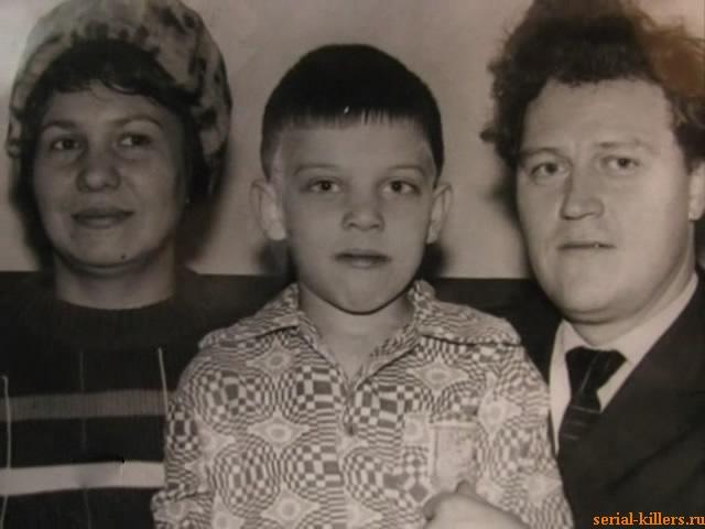 Супружеская чета Сливко с сыном